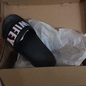 """9df0bc793581 KIMOJI Shoes - KIMJOI """"WIFEY"""" slides size 6"""